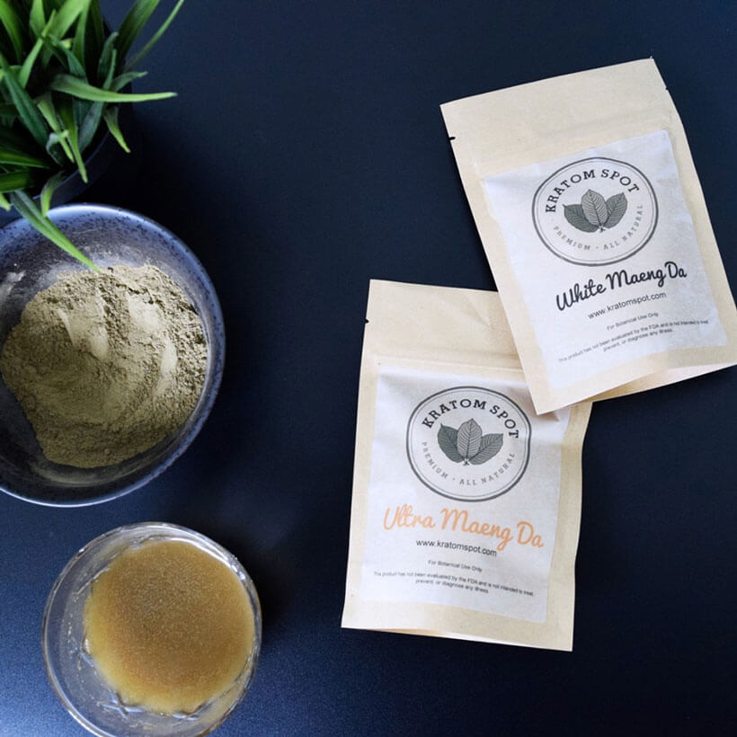 Powder, pouches, and extract of white Maeng Da Kratom