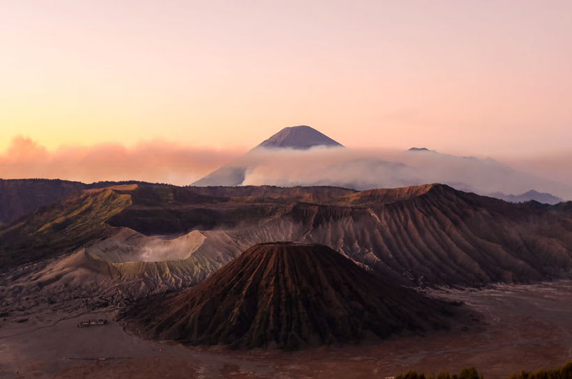 A sunrise in Indonesia overlooking beautiful mountains