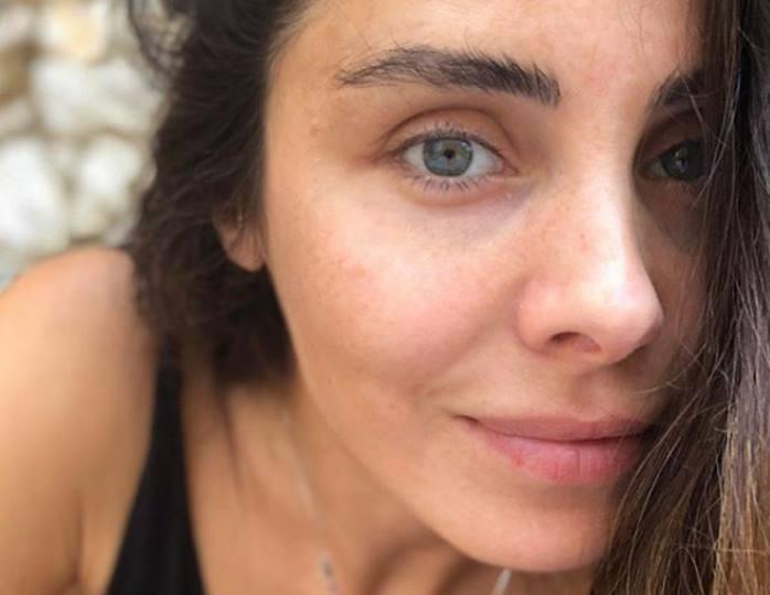 «Султан бы не устоял»: Нур Феттахоглу блеснула точеной фигурой в купальнике