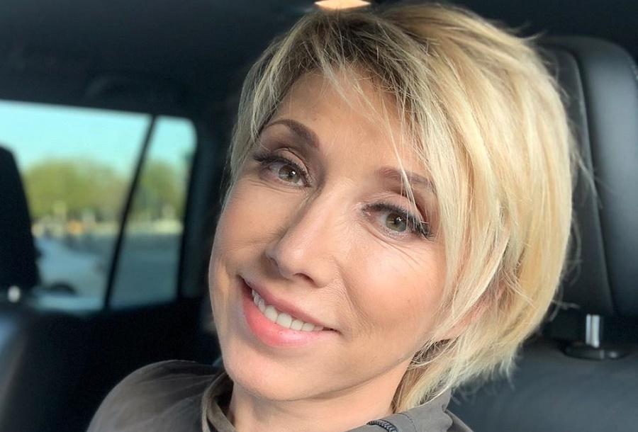 Елена Воробей пожаловалась на «сдувшиеся» губы