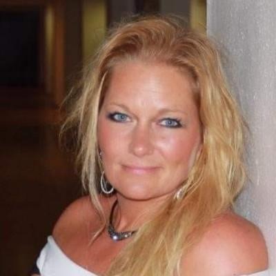 Susan Hallee
