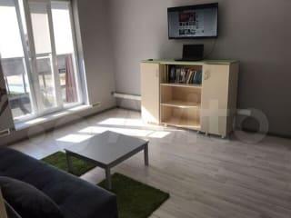 2-к квартира, 65 м², 2/2 эт.