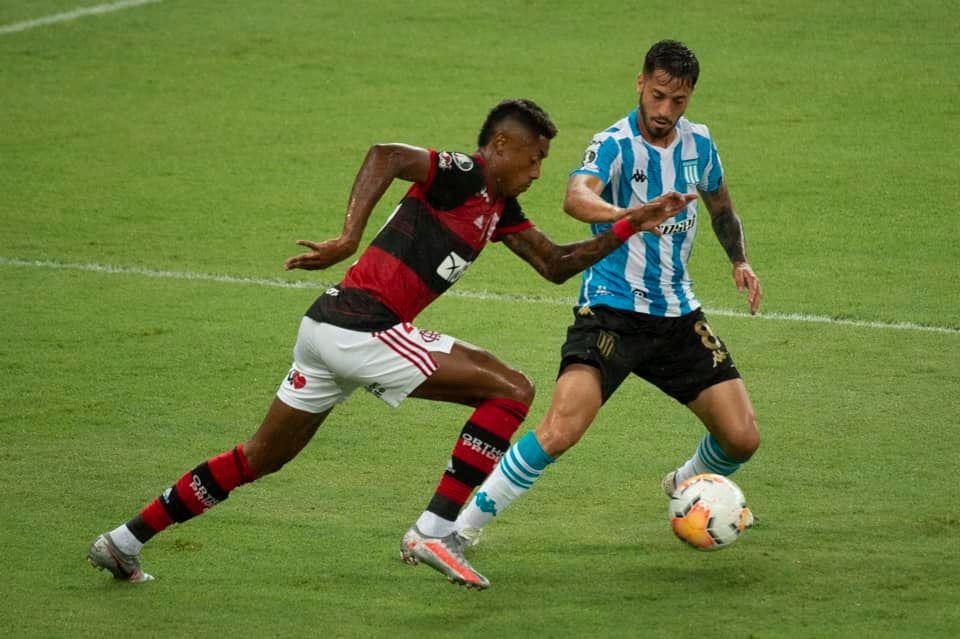 Flamengo não conseguiu passar pelo Racing (Foto: Alexandre Vidal / CRF)