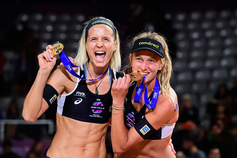 Laura Ludwig e sua parceira Margareta Kozuch participarão do desafio na praia do Rio de Janeiro