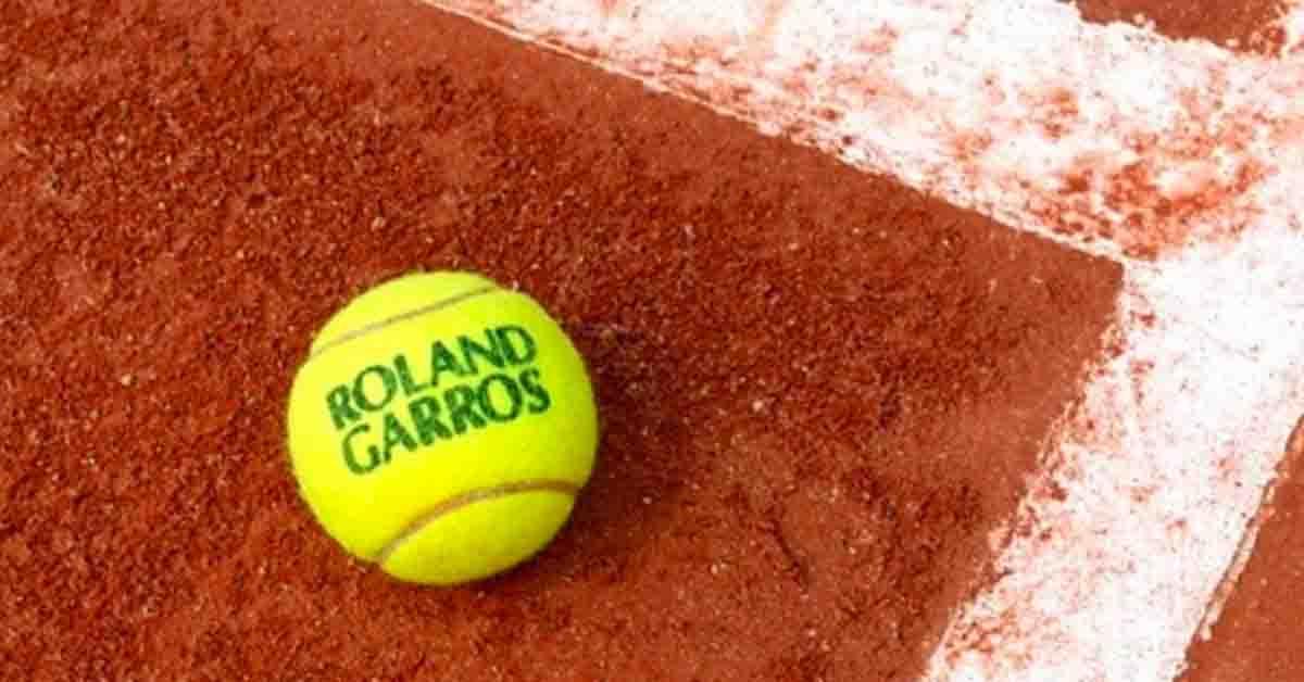 Governo francês estuda adiar Roland Garros