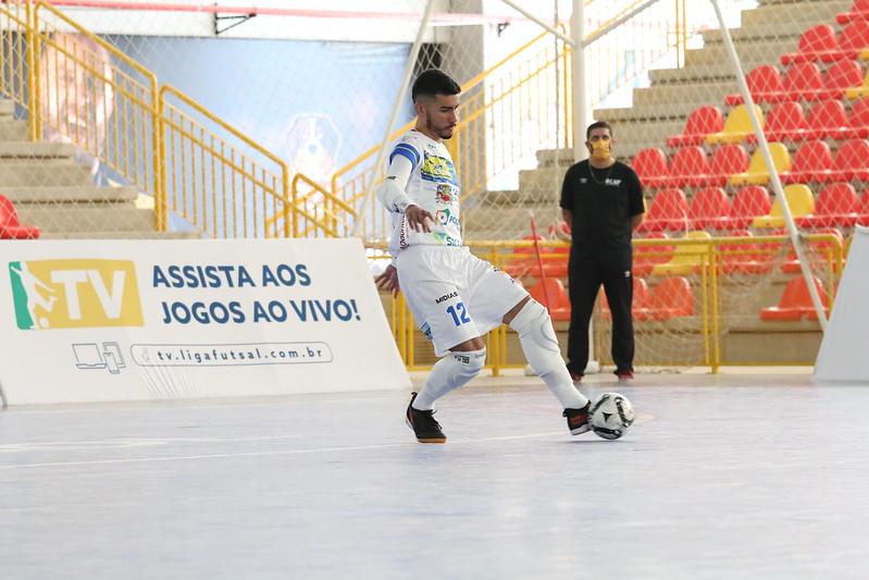 Primeira partida exibida pela TV Brasil no domingo foi entre Magnus Futsal e São José