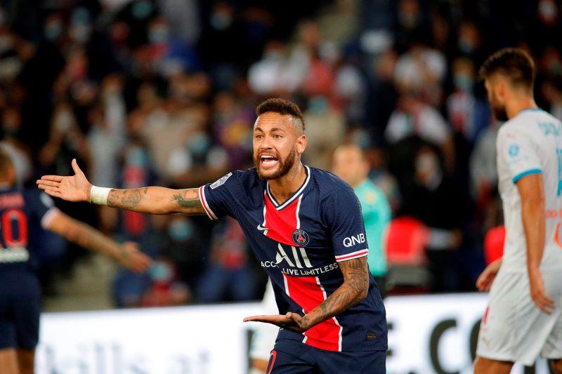 Nike rompeu com Neymar após acusação de abuso sexual