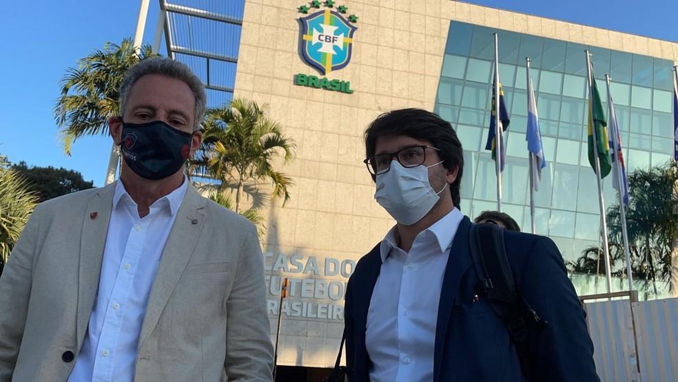 Rodolfo Landim (esq.) e Guilherme Bellintani (dir.), presidentes do Flamengo e do Bahia, foram à CBF protocolar pedido de criação de liga