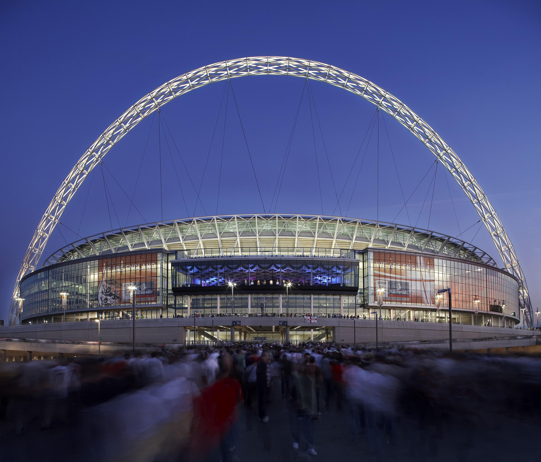 Se restrições não caírem, Uefa mudará sede da final da Euro