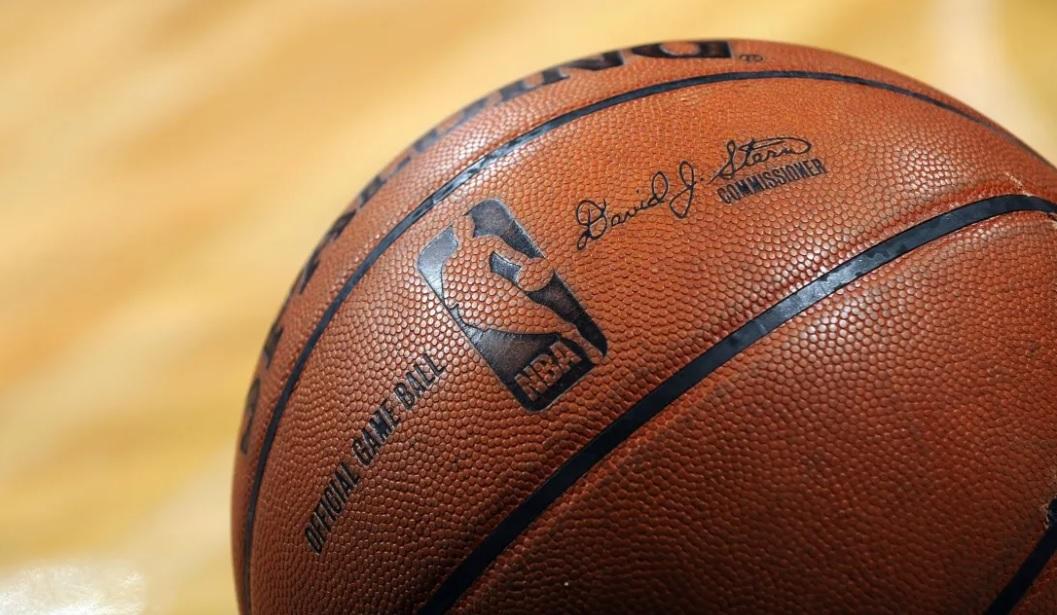 TNT Sports fecha com Budweiser e transmitirá NBA no YouTube