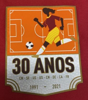 Badge especial foi criado para estampar as camisas da coleção
