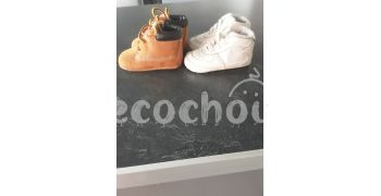 2 paires de chaussure Nike et Timberland taille 16
