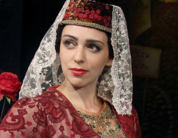 «На пробы меня не зовет»: Нелли Уварова прокомментировала отношения с бывшим мужем