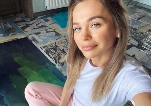 «Что за парень»: Анна Хилькевич показала себя «до пластики»