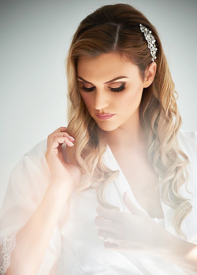Bridal and wedding mobile hairdresser service - Hair Styled by Emily Hunte