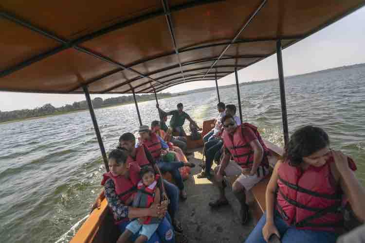Boat Cruise & Island Visit