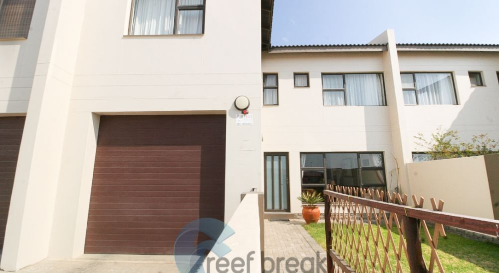 3 Bedroom Townhouse For Sale in Ocean View