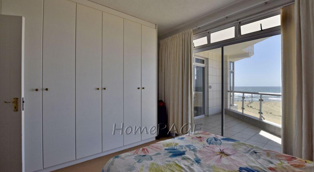 2 Bedroom Apartment For Sale in Vogelstrand