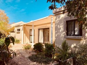 2 Bedroom Retirement Accommodation  For Sale
