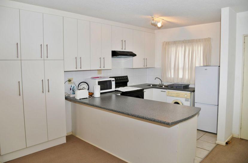 2 Bedroom Apartment For Sale in Klein Windhoek