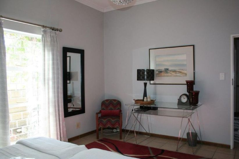 3 Bedroom House For Sale in Hochlandpark