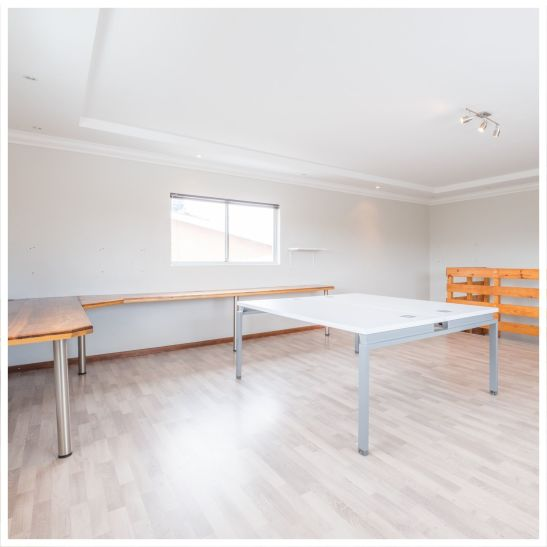 4 Bedroom House For Sale in Eros Park