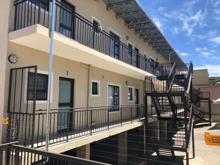 2 Bedroom Apartment For Sale in Otjomuise