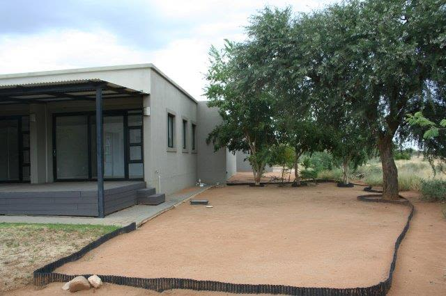 3 Bedroom House For Sale in Omeya