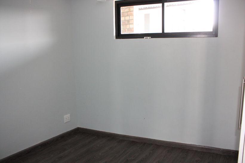 2 Bedroom Apartment To Rent in Kleine Kuppe