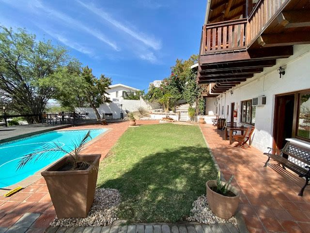 Guest House  For Sale in Eros