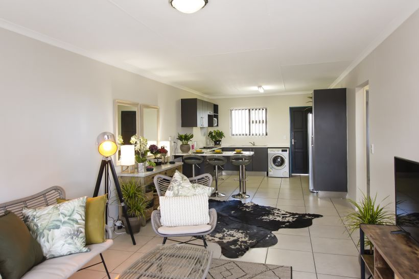 2 Bedroom Townhouse For Sale in Rocky Crest