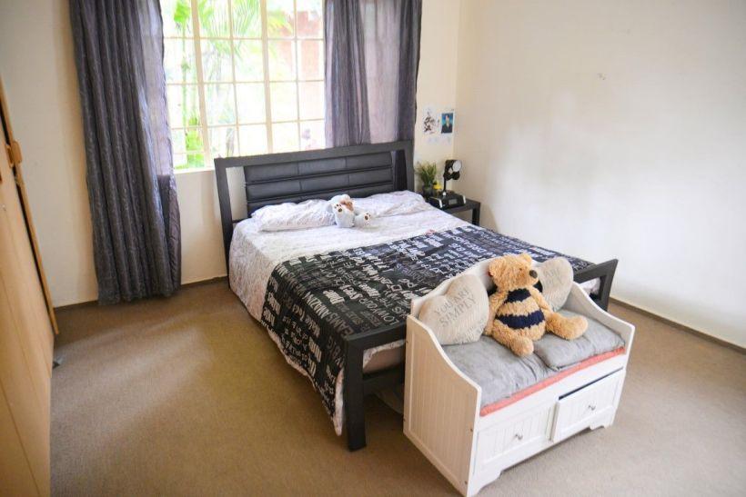 3 Bedroom Duet For Sale in Pionierspark Ext 1