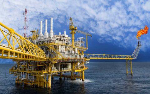El petróleo estadounidense cayó a su nivel más bajo