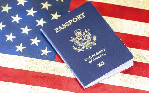 Obtener la residencia estadounidense será más rápido en Miami y Broward
