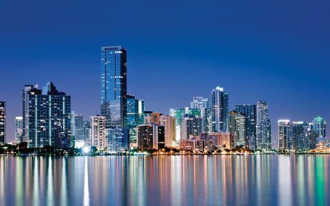 Competencia en el mercado inmobiliario dificulta la inversión en Miami