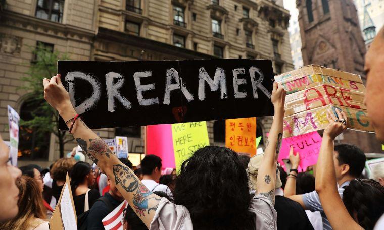 Rechazada solicitud de Donald Trump para eliminar el DACA