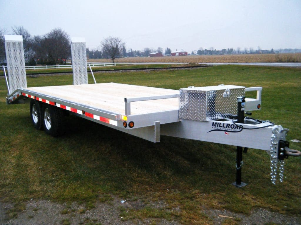 Things To Consider When Buying a Flat Deck Trailer