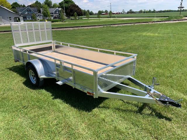 MS512 trailer