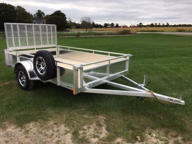 MS6610DW w/ Mounted Spare Tire & Alum Rims