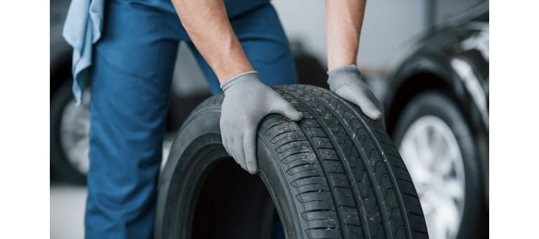 4 Signs it's Time to Replace Trailer Tires