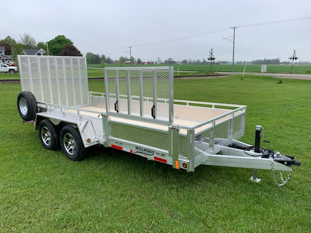 MST1680-5 W/ OPTIONAL SIDE RAMP, ALUM RIMS & MOUNTED SPARE TIRE
