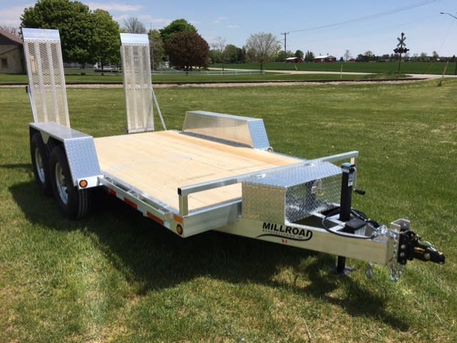 MFT1880-7 W/ TOOL BOX & STAND UP ROD MOUNTED RAMPS