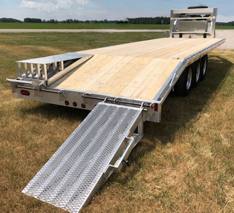 MGN30-10W/ TOOL BOX & MOUNTED SPARE TIRE