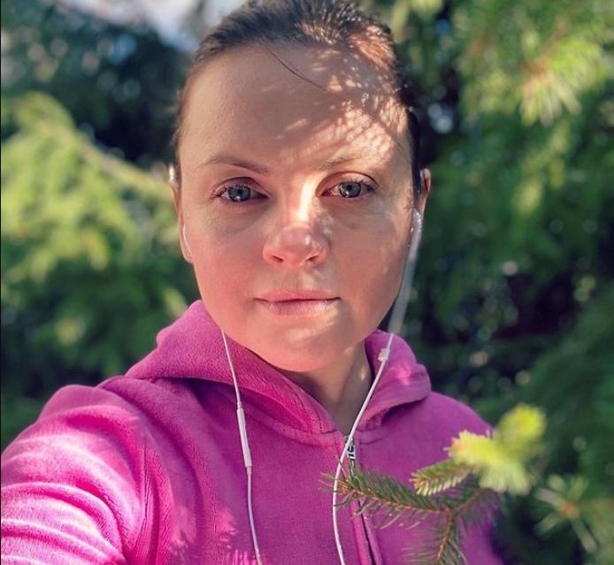 """Юлия Проскурякова показала """"честные"""" селфи с заплаканными глазами"""