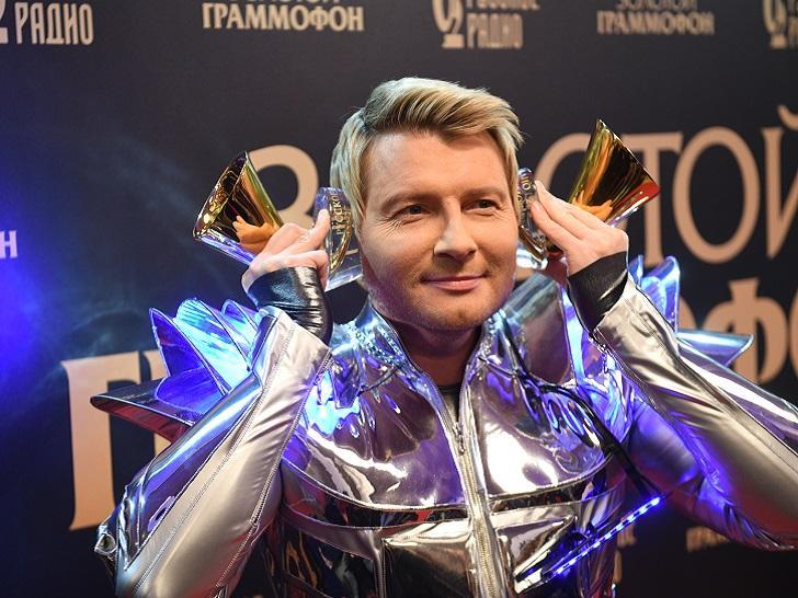 Личная жизнь Николая Баскова: за какими красотками певец ухаживал