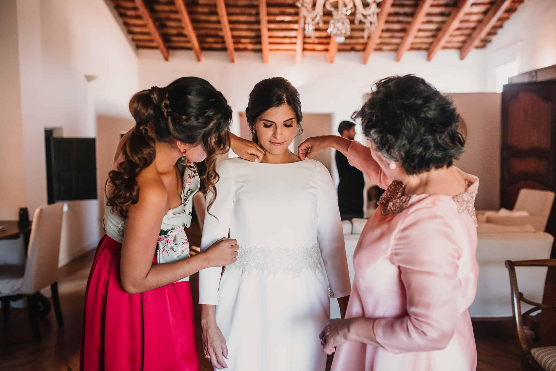 vestido recto de novia en valencia
