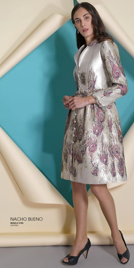 vestido de madrina y fiesta en valencia con abrigo