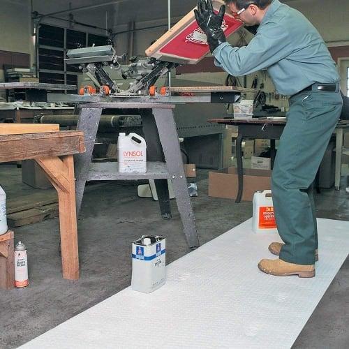 Absorbant rouleau hydrophobe PIG® Oil-Only pour hydrocarbures 76 cm x 91 m photo du produit Back View L