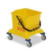Seau PLP 25L jaune avec roues photo du produit