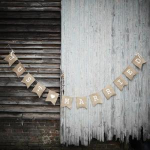 Vintage Affair Just Married Hessian Bunting